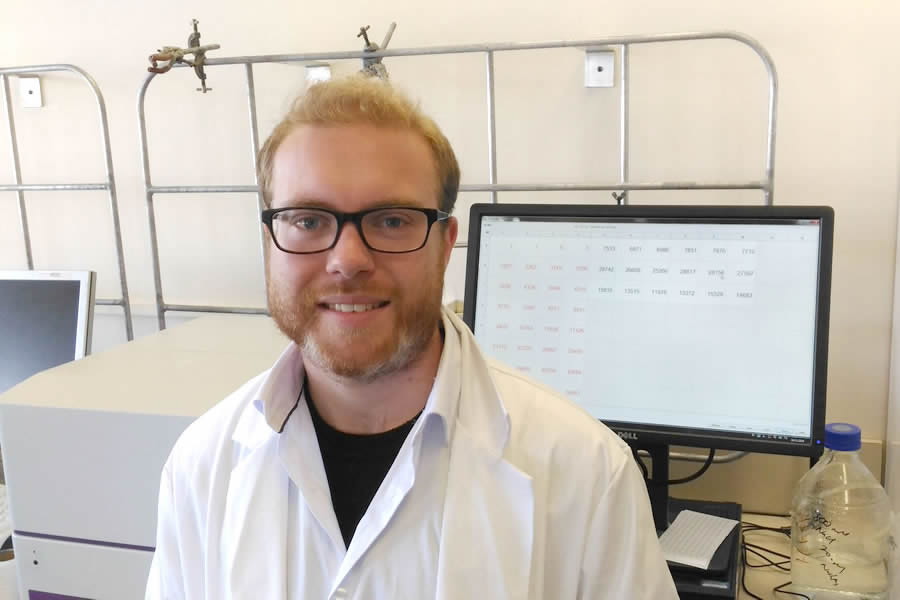 Young researcher developing 'Squish' treatment for strawberry birthmarks supported by KiwiNet Emerging Innovator Programme
